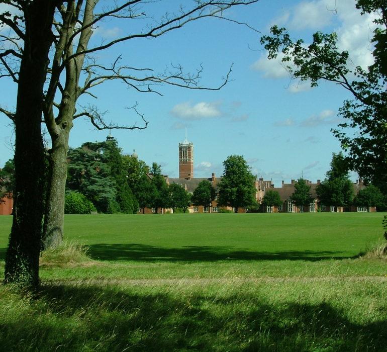 Campus estivo di calcio in Inghilterra