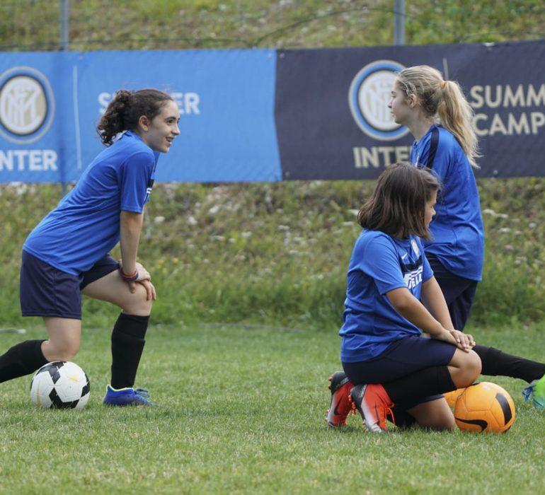 Camp di calcio per ragazze